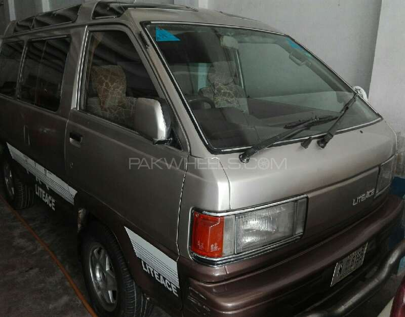 Toyota Lite Ace 1985 Image-1