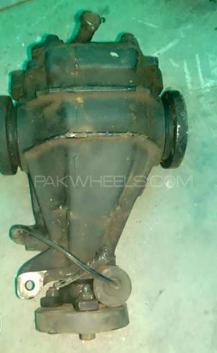 Mercedes benz c180 for sale in lahore parts for Mercedes benz parts and accessories online