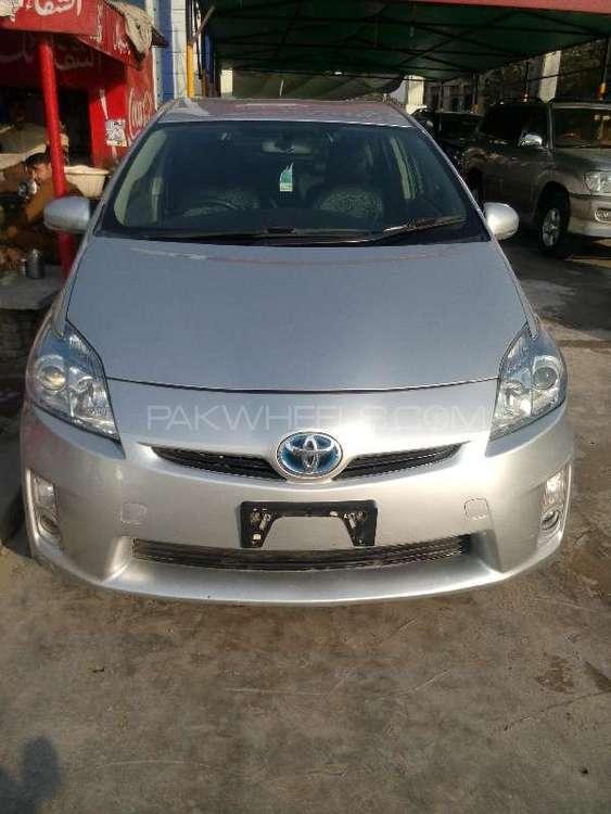 Toyota Prius S Touring Selection 1.8 2011 Image-1