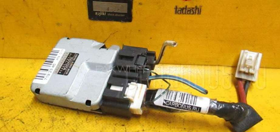 Toyota crowns fan motor controller Image-1