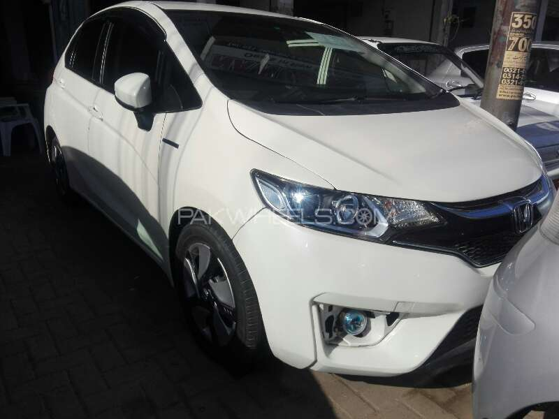 Honda Fit Hybrid S Package 2014 Image-1