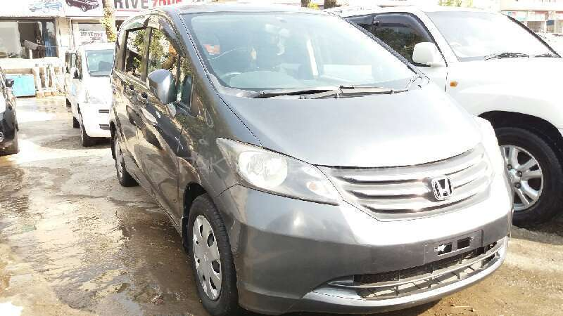 Honda Freed 2010 Image-1