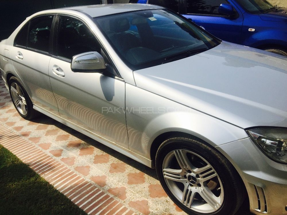 Mercedes benz c class c200 2008 for sale in lahore pakwheels for Used mercedes benz rims for sale