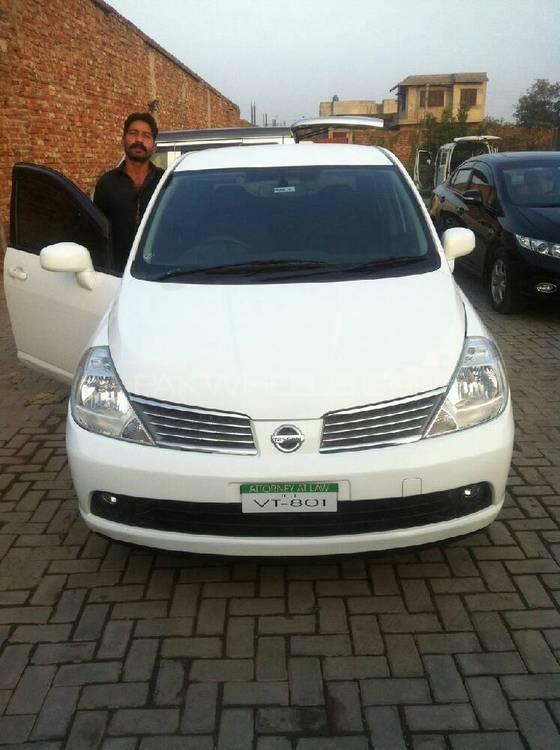 Nissan Latio G 2007 Image-1