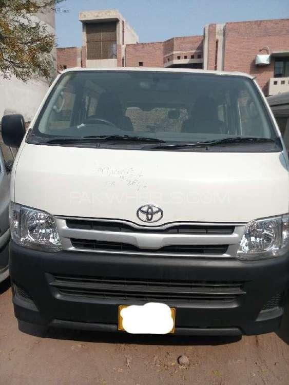Toyota Hiace Standard 2.7 2011 Image-1