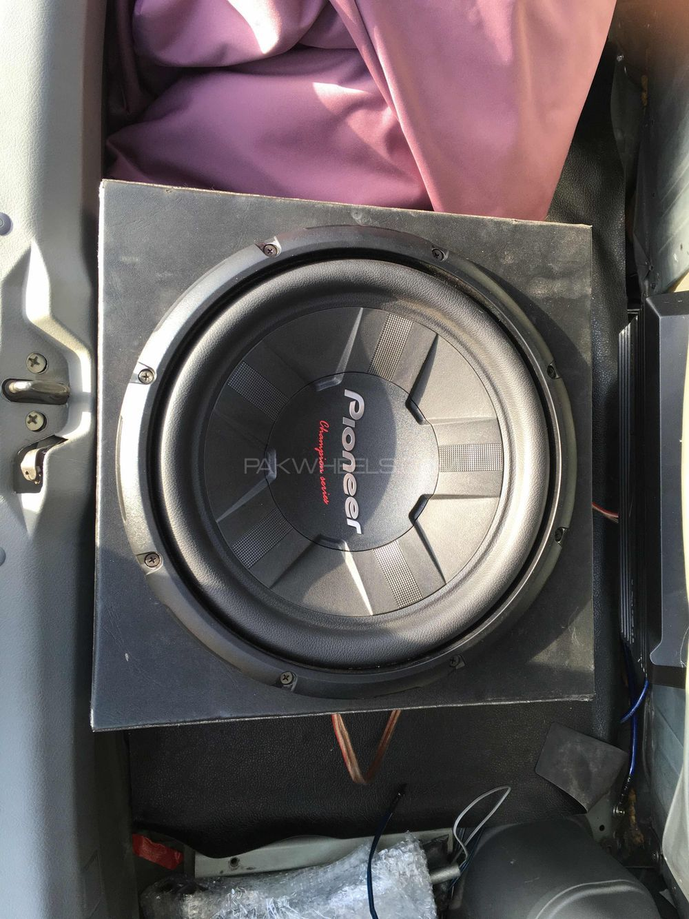 car audio system Image-1