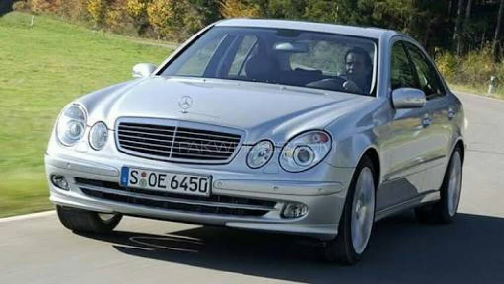 Mercedes benz e class e200 2005 for sale in islamabad for Mercedes benz 2005 e class