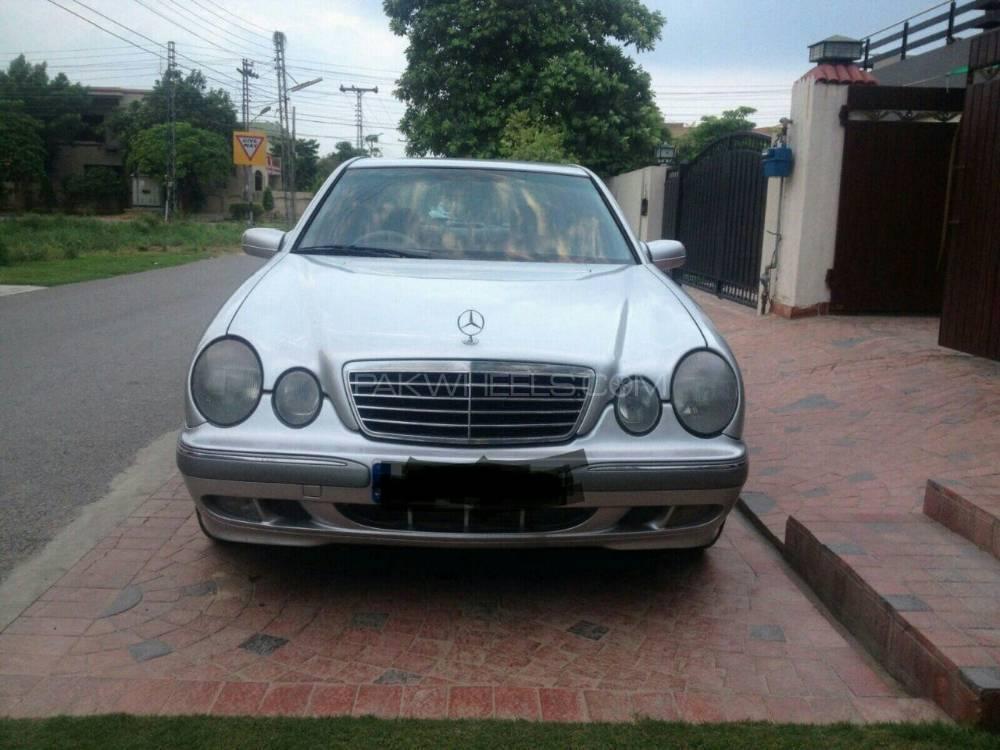 Mercedes Benz E Class E 220 CDI EDITION 2000 Image-1