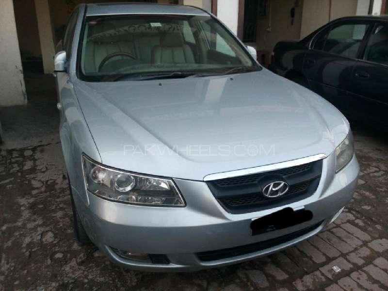Hyundai Sonata 2005 Image-1