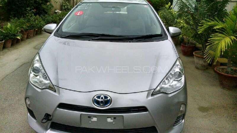 Toyota Prius G 1.8 2013 Image-1