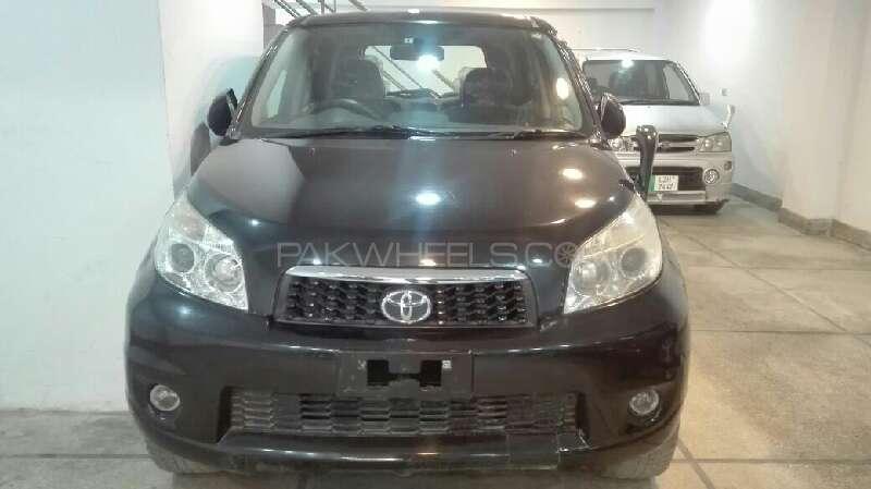 Toyota Rush G 2012 Image-1