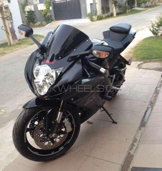 Suzuki GSX-R600 2012 Image-1