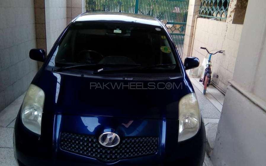 Toyota Vitz B 1.0 2005 Image-1