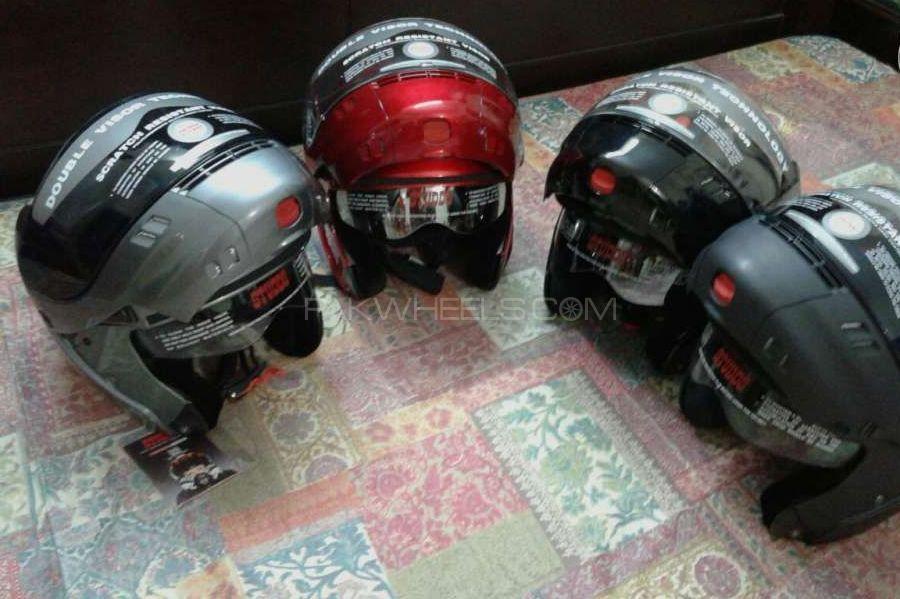 Awesome helmet-Imported visor Image-1