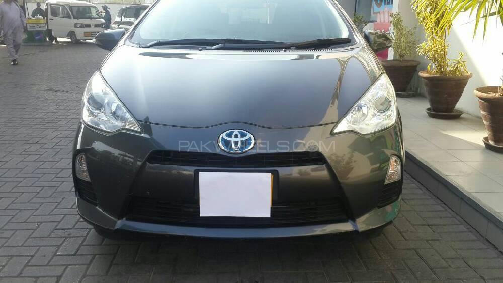 Toyota Aqua G 2012 Image-1