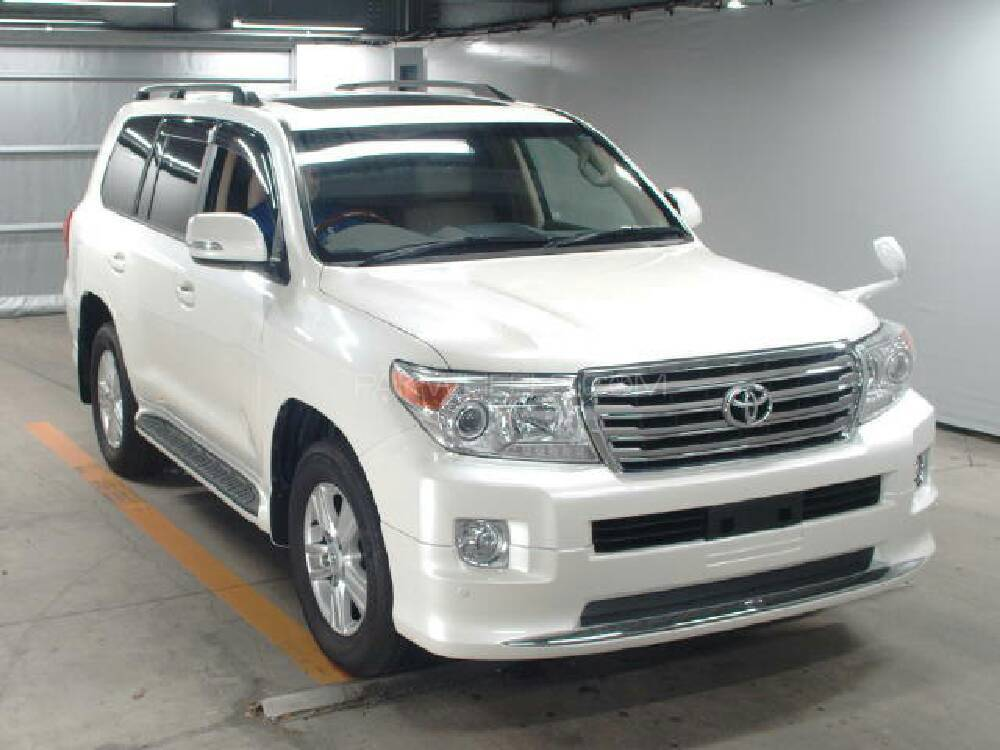 Toyota Land Cruiser AX G Selection 2013 Image-1