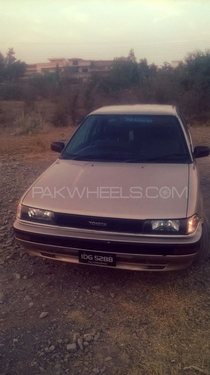 Toyota Corolla GL Saloon 1988 Image-1