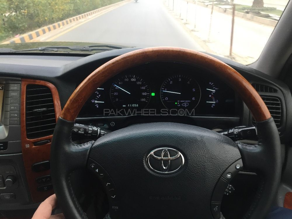 Toyota Land Cruiser VX 4.2D 2006 Image-1