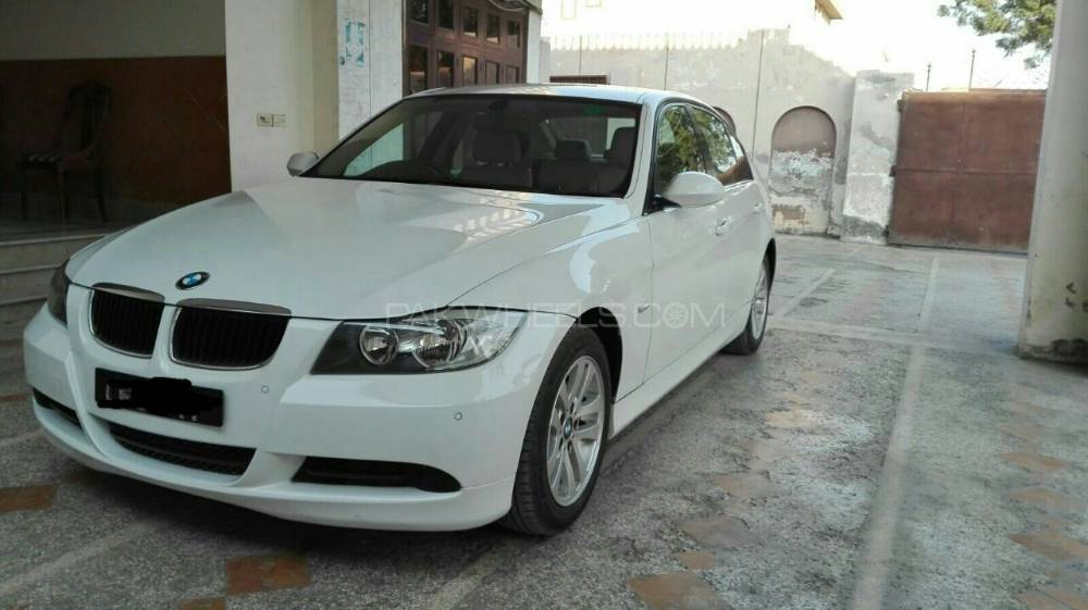 BMW 3 Series 320d 2007 Image-1