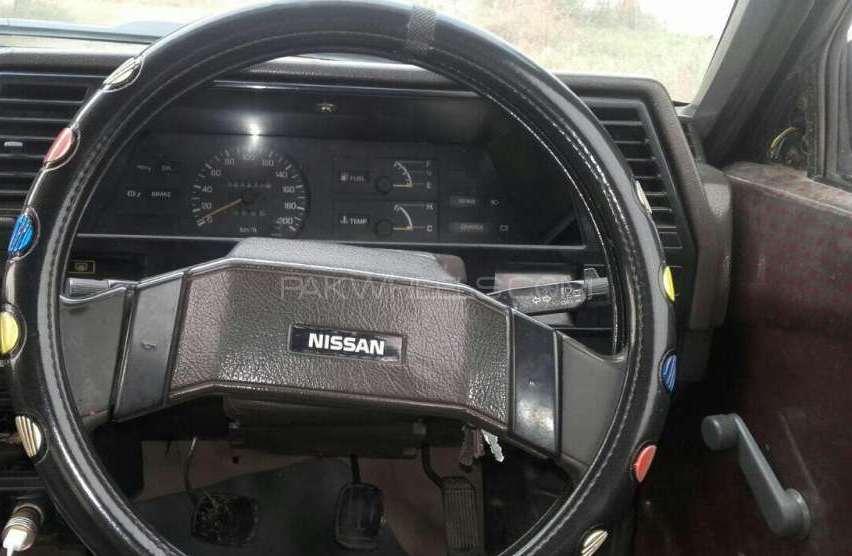 Nissan Sunny 1986 Image-1