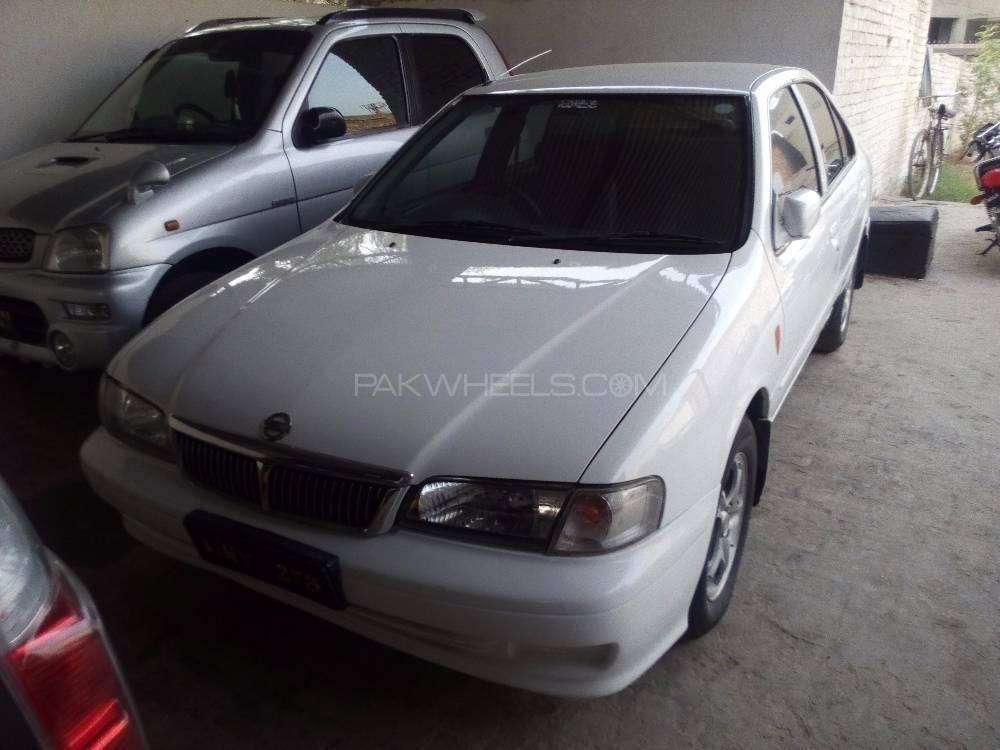 Nissan Sunny EX Saloon 1.3 2000 Image-1