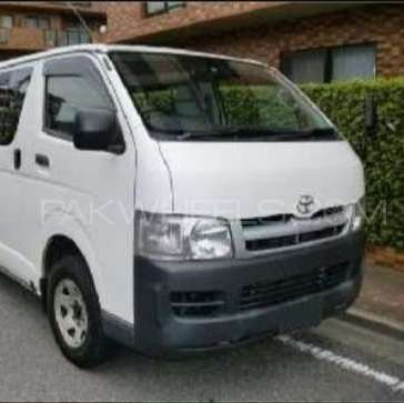 Toyota Hiace Mid-Roof 2.7 2005 Image-1