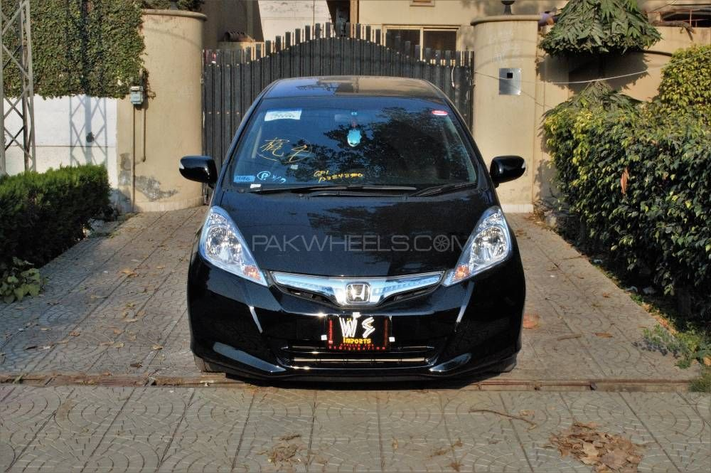 Honda Fit 13G Smart Style Edition 2013 Image-1