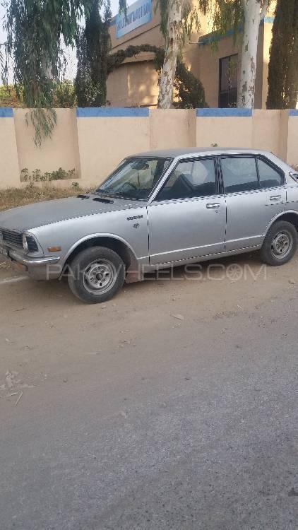 Toyota Corolla GL 1974 Image-1