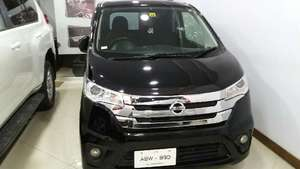 Nissan Dayz Highway Star 2013 for Sale in Islamabad