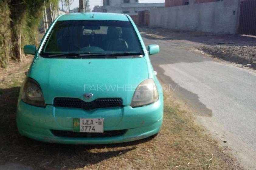 Toyota Vitz FL 1.0 1999 Image-1