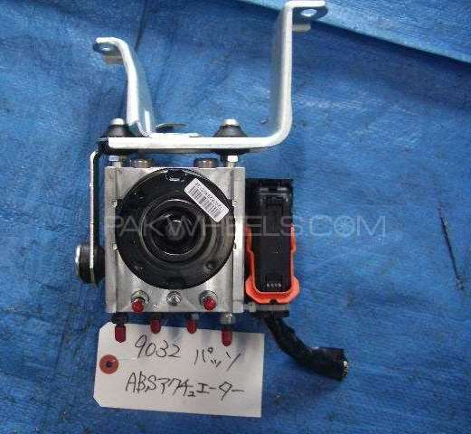 Abs toyota passo kgc30 2013 model  Image-1