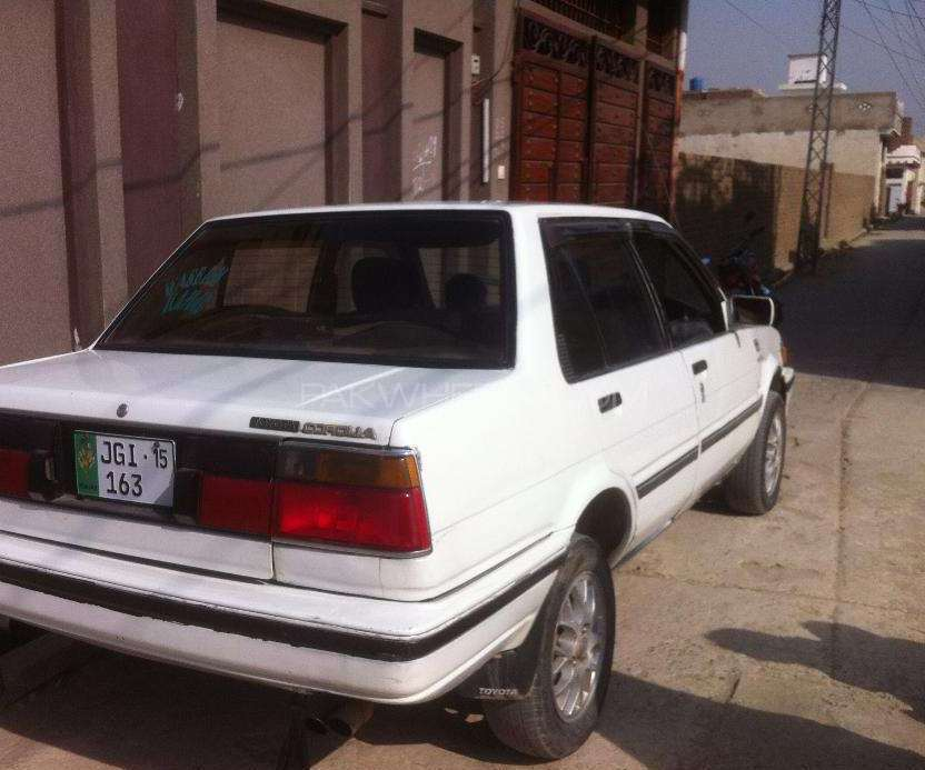 Toyota Corolla DX 1986 Image-1