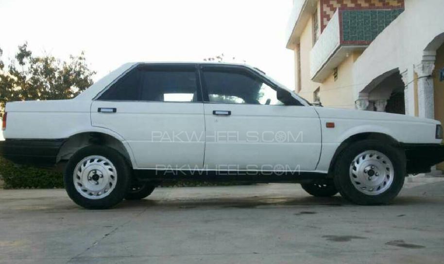 Nissan Sunny EX Saloon 1.6 1987 Image-1