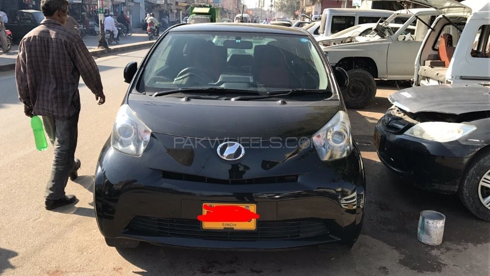 Toyota iQ 100G 2012 Image-1
