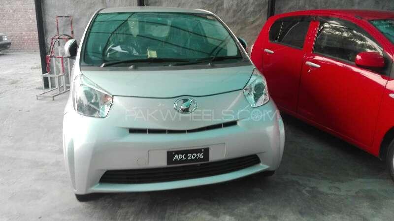 Toyota iQ 100G 2011 Image-1