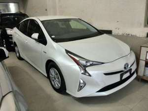 Toyota Prius S 1.8 2015 for Sale in Lahore