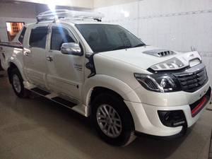 Toyota Hilux Vigo Champ G 2014 for Sale in Karachi