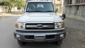 Toyota Pickup 2015 for Sale in Karachi