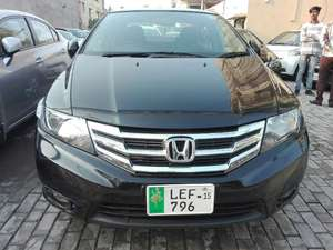 Slide_honda-city-i-vtec-2-2015-14163915