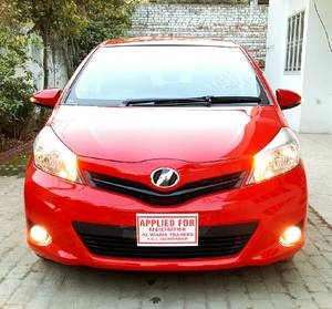 Toyota Vitz F Smile Edition 1.0 2013 for Sale in Islamabad