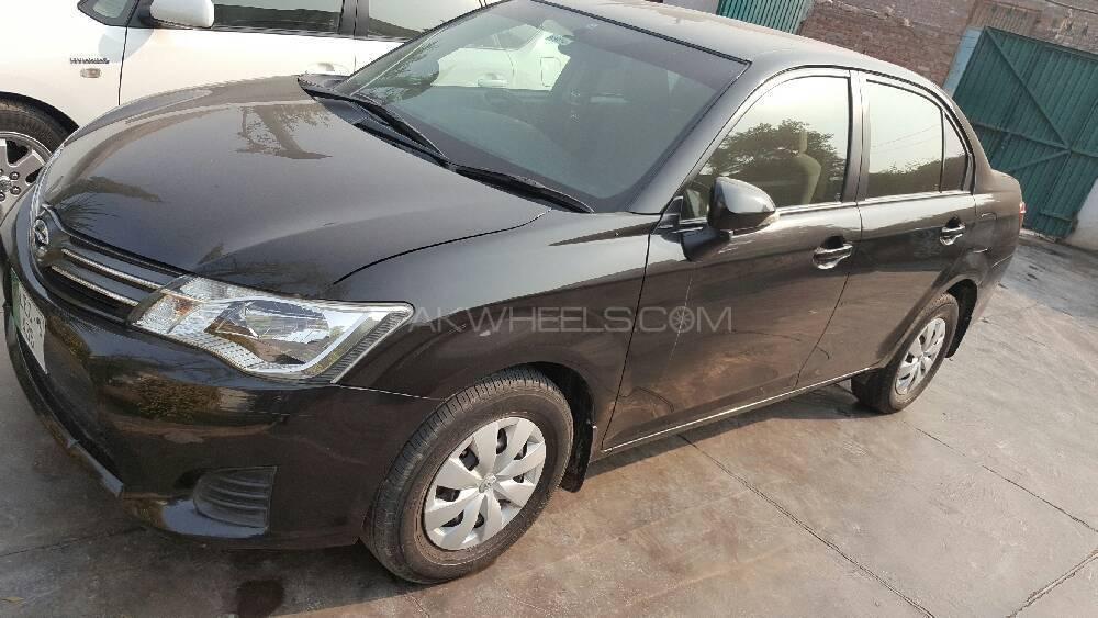 Toyota Corolla Axio X 1.3 2012 Image-1
