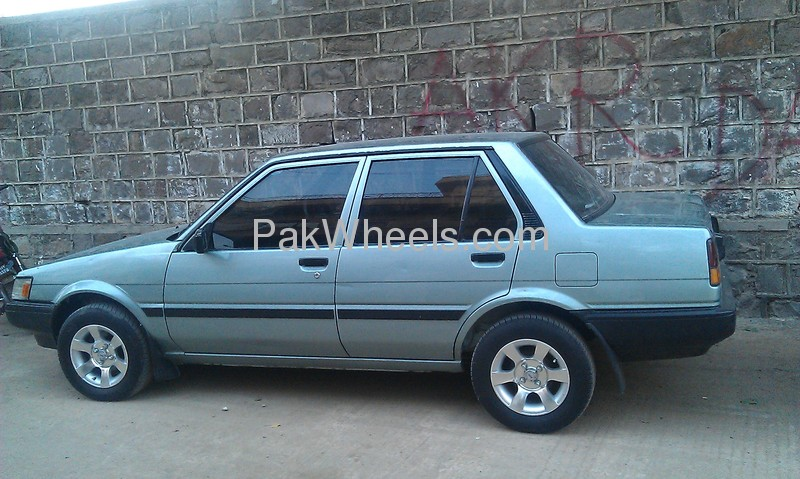 toyota corolla dx 1986 for sale in islamabad pakwheels. Black Bedroom Furniture Sets. Home Design Ideas