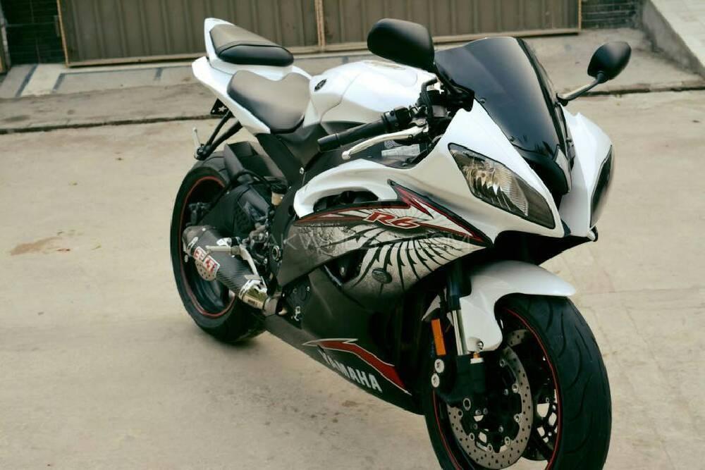 Yamaha YZF-R6 2012 Image-1