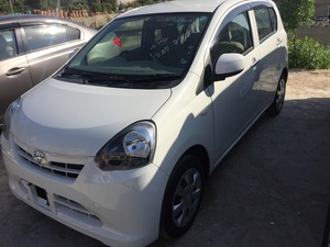 Toyota Pixis L 2013 for Sale in Karachi