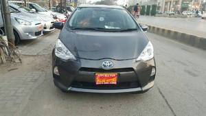 Toyota Aqua G 2013 for Sale in Lahore