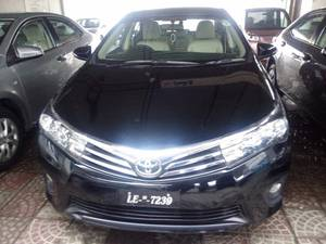 Toyota Corolla Altis Grande CVT-i 1.8 2016 for Sale in Multan