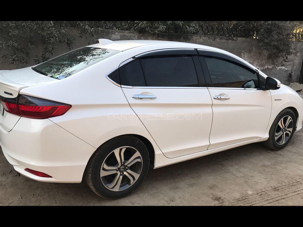 Honda Grace Hybrid Lx 2014 For Sale In Lahore Pakwheels