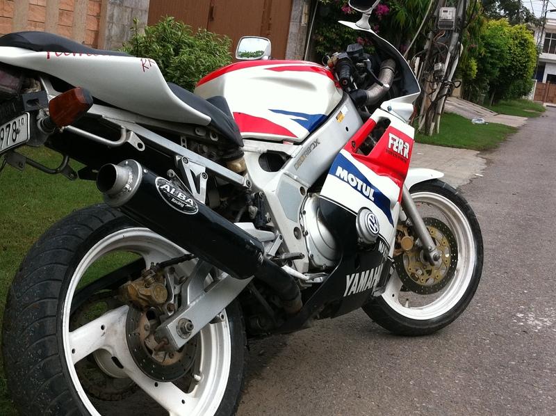 Used Yamaha Fzr 400 1989 Bike
