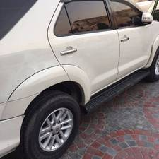 Slide_toyota-fortuner-2-7-automatic-2013-14716576