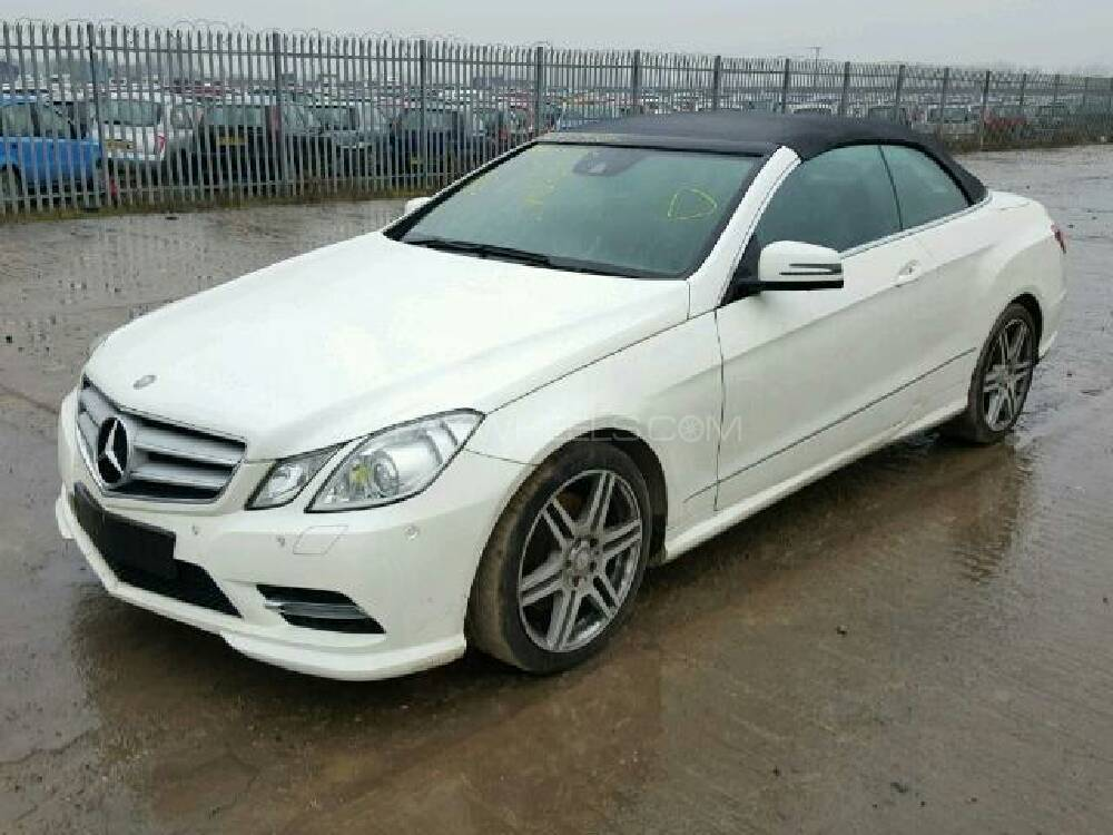 mercedes benz e class coupe e 220 cdi 2014 for sale in. Black Bedroom Furniture Sets. Home Design Ideas